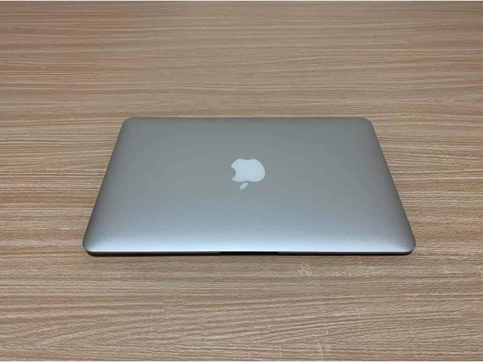 Macbook air 2015 core i50