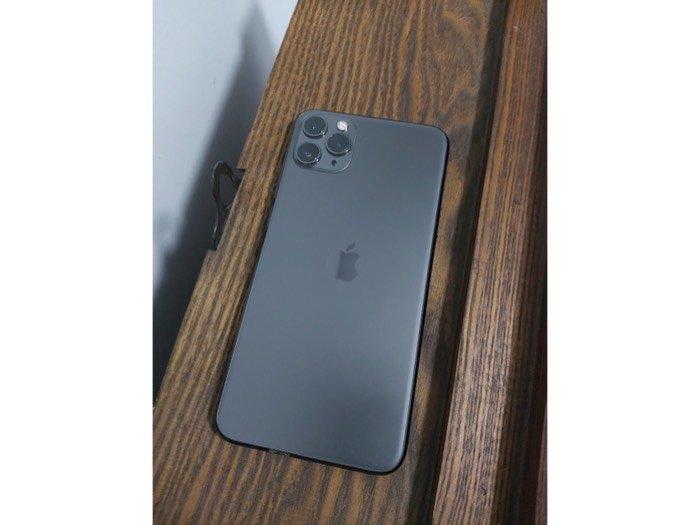 Bán iPhone 11 promax 64gb đen quốc tế0