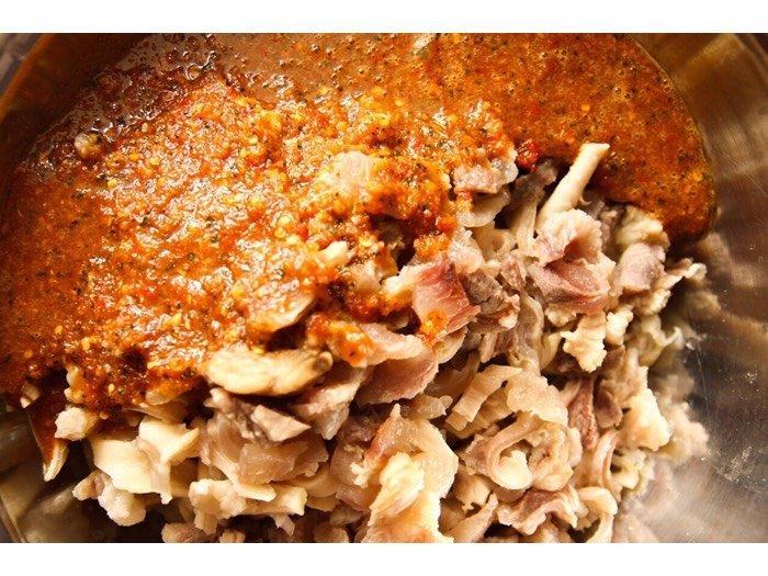 Gân bò Sốt Thái hộp 900 gram2