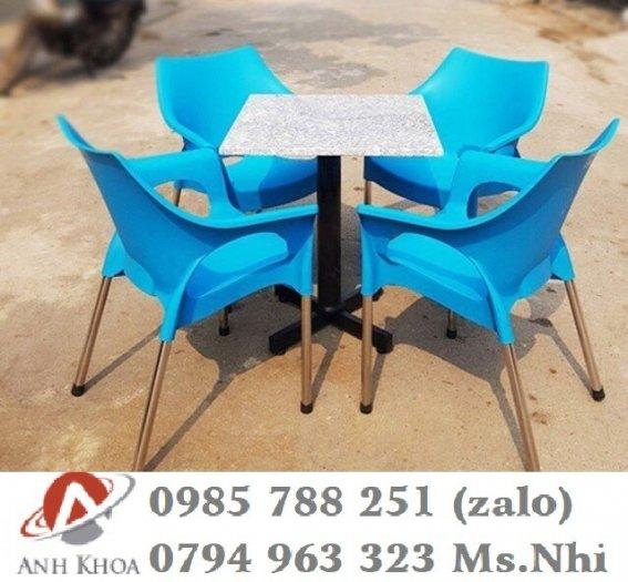 Bàn ghế nhựa chân inox 3040