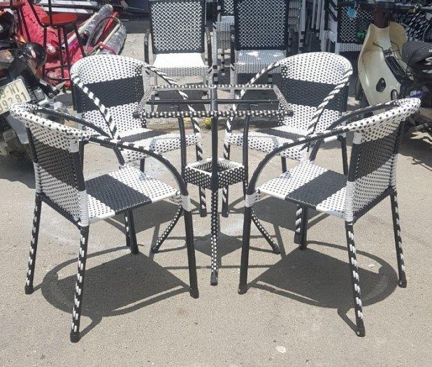 Bộ bàn ghế cafe sân vườn nhựa giả mây0