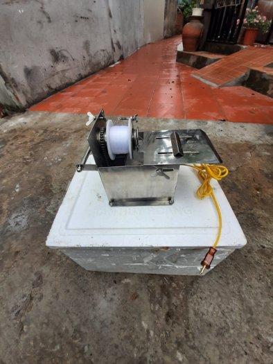 Máy buộc chỉ xúc xích, lạp sườn chạy điện4
