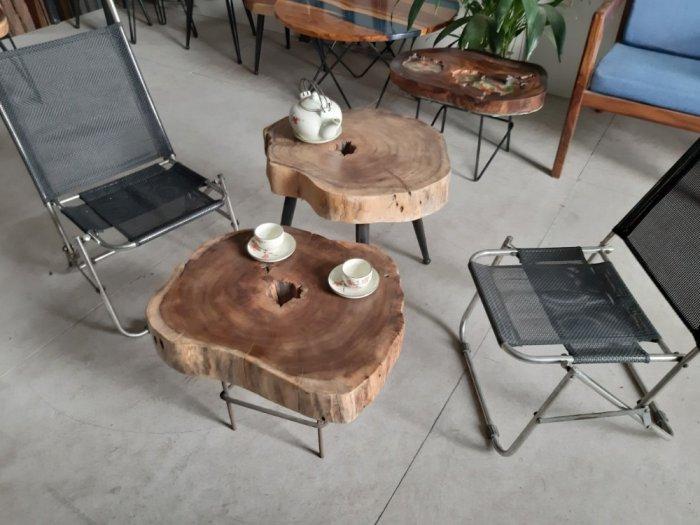 Bàn cafe gỗ tràm kích thước 45-55cm dày 8cm9