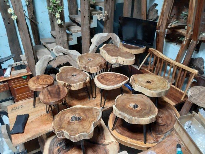 Bàn cafe gỗ tràm kích thước 45-55cm dày 8cm1