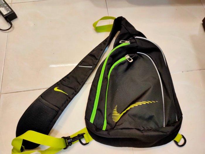 Túi vợt Tennis Adidas & túi đeo chéo Nike .2