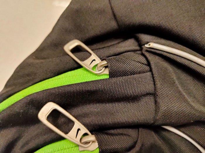 Túi vợt Tennis Adidas & túi đeo chéo Nike .1