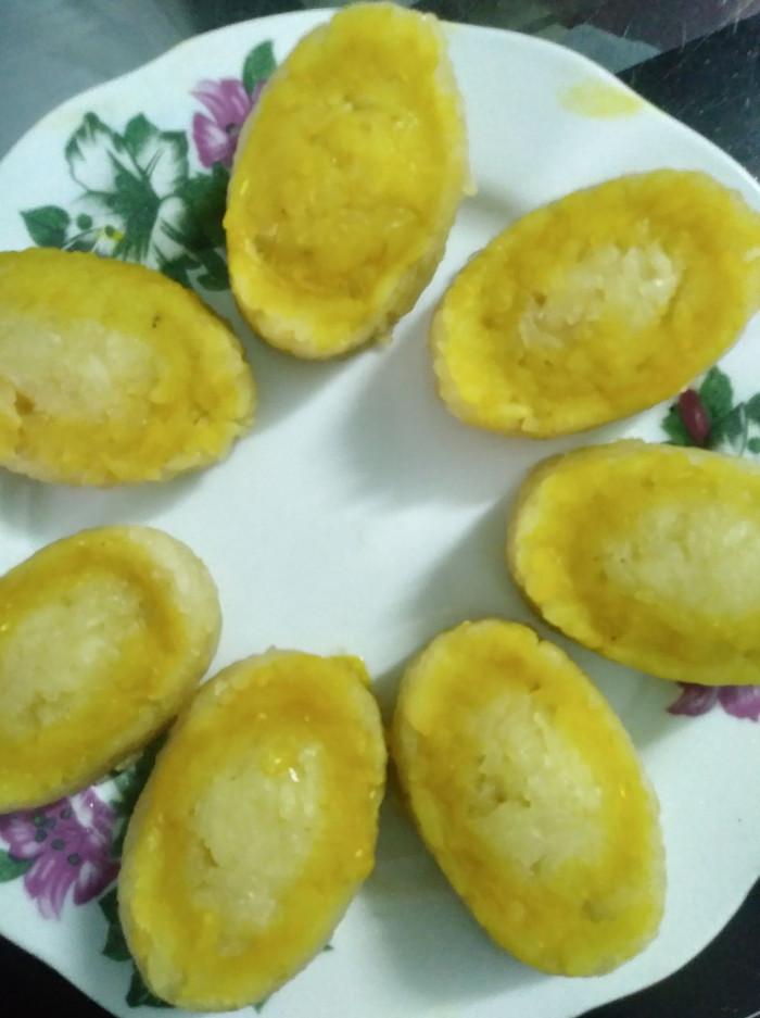 Bánh đậu xanh nhân sầu riêng hình thỏi vàng - Cúng cho ngày vía Thần Tài mùng 10 hàng tháng