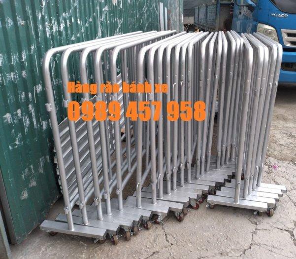 Gia công hàng rào cách ly, hàng rào barie có chốt, Hàng rào phân luồng giao thông4