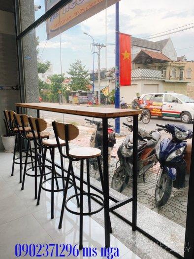 Ghế bar sắt gỗ cafe- nội thất Nguyễn hoàng0