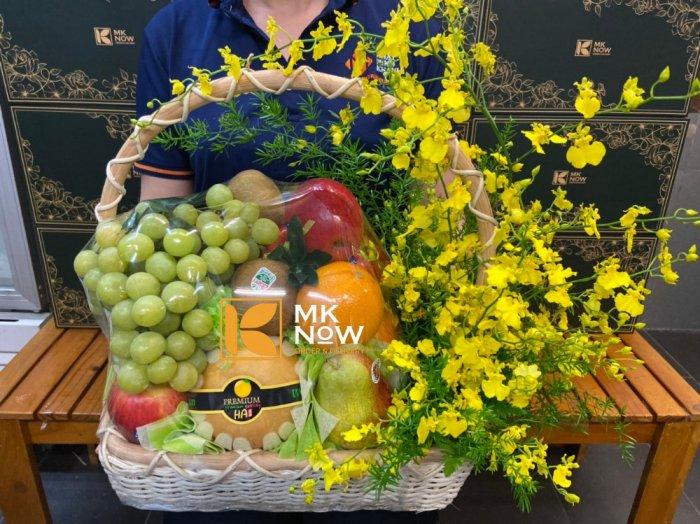 Giỏ hoa quả tặng tập thể nhân viên y tế - FSNK2200