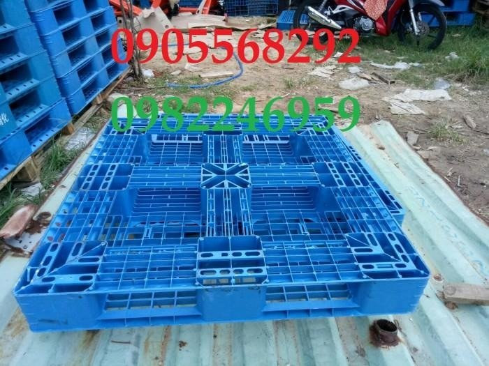 Pallet nhựa Đài loan 1100x1100x150mm1