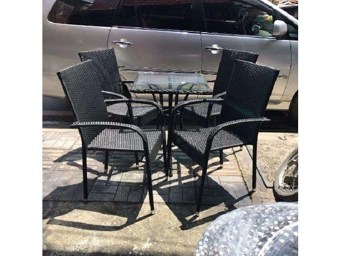 Bàn ghế cafe ba sô đen giá rẻ0