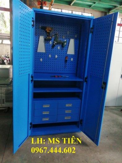 Tủ chứa dụng cụ vật tư có vách treo dụng cụ0