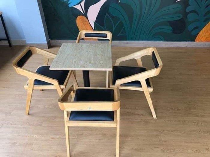 Bàn ghế gỗ cafe có niệm giá rẻ tại xưởng0