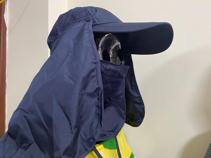 Xưởng may nón tai bèo có khẩu trang chống nắng, chống lạnh  che kín cổ , vai gáy làm từ thiện 2