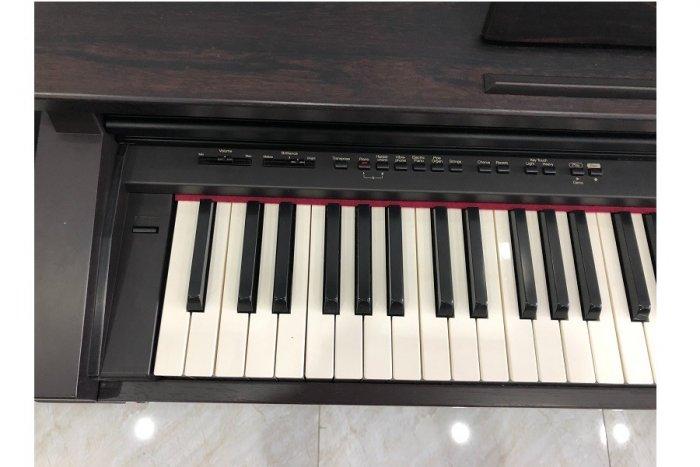 Piano roland HP-2301