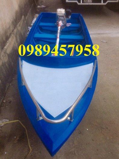 Thuyền nhựa chèo tay 2-3 người, thuyền câu cá cho 4 người2