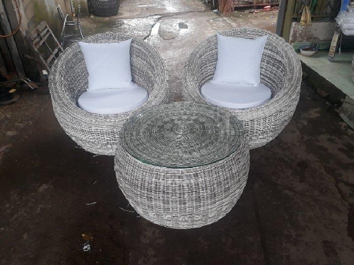 Bàn ghế trứng giá sỉ tại xưởng sản xuất2