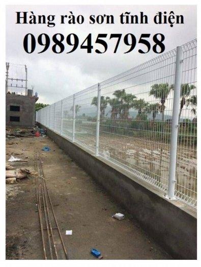 Hàng rào chấn sóng, hàng rào gập 2 đầu lưới, hàng rào lưới thép hàn phi 5 50x150, 50x200 có sẵn2