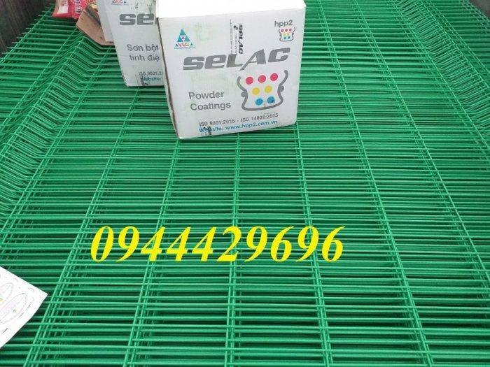 Hàng rào lưới thép hàn D5 a 50x200 mạ kẽm sơn tĩnh điện7