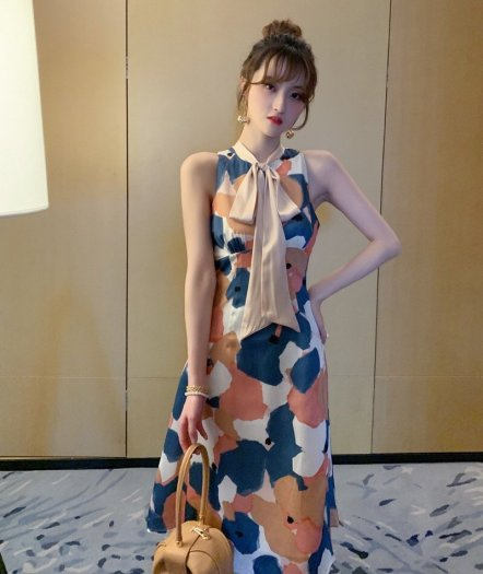 Đầm váy nữ hoạ tiết kiểu dáng cổ lọ cột nơ SG0
