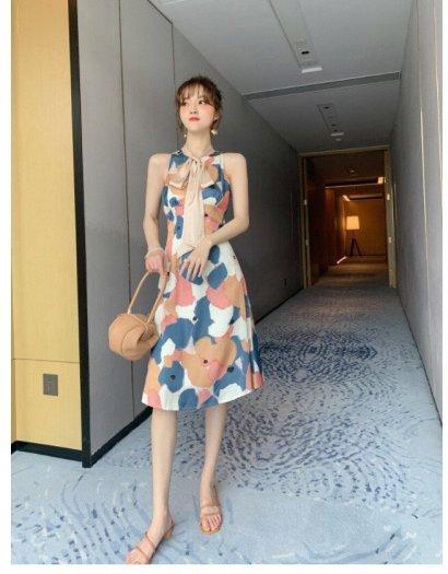 Đầm váy nữ hoạ tiết kiểu dáng cổ lọ cột nơ SG1
