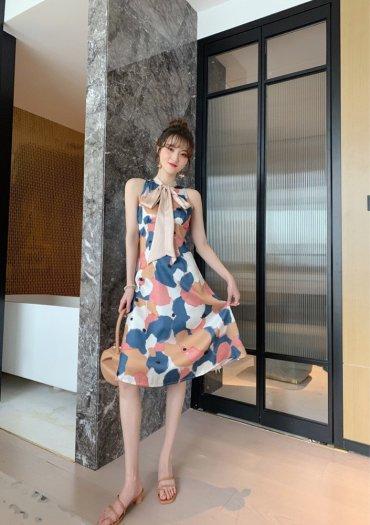 Đầm váy nữ hoạ tiết kiểu dáng cổ lọ cột nơ SG8