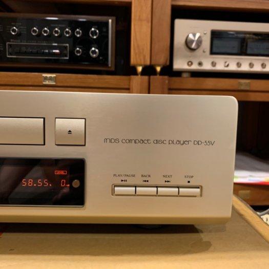 Đầu CD Accuphase DP-55V5