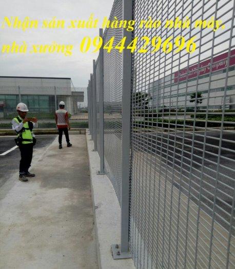Hàng rào lưới thép hàn mạ kẽm sơn tĩnh điện D5 50x20017