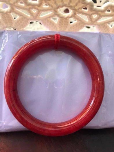 Chiếc Vòng Tay Phong Thủy Đá Cẩm Thạch Cồ Đỏ 56mm màu Đỏ Đậm Đẹp5
