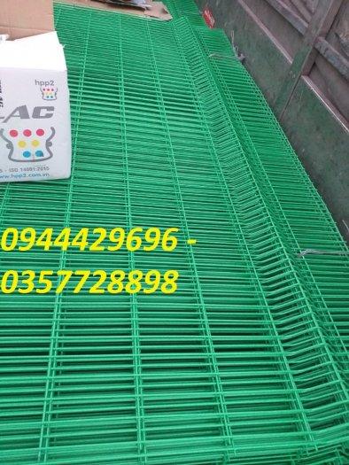 Hàng rào lưới thép hàn phi 4.5.6 chấn sóng mạ kẽm sơn tĩnh điện5