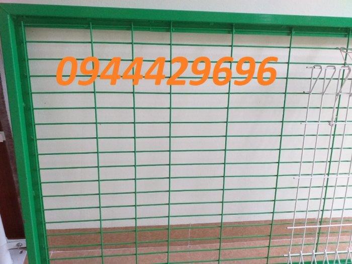 Hàng rào lưới thép hàn phi 4.5.6 chấn sóng mạ kẽm sơn tĩnh điện1