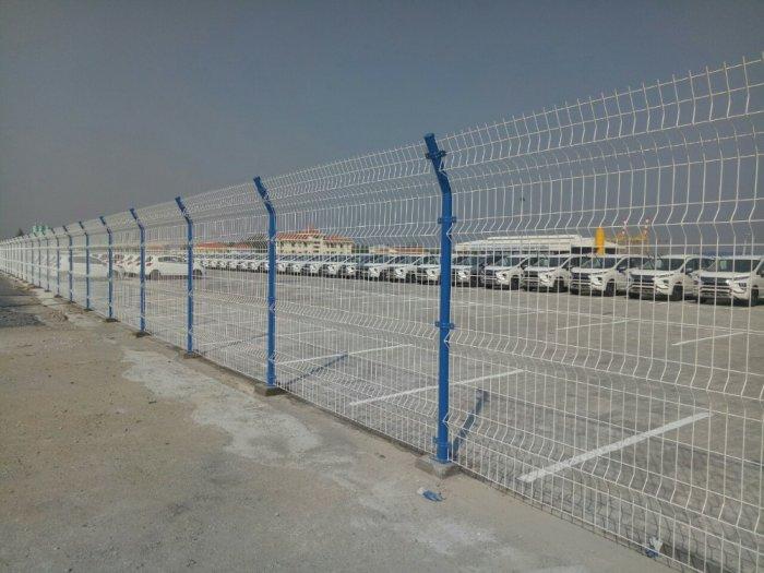 Hàng rào lưới thép hàn D5 a 50x150 mạ kẽm sơn tĩnh điện29