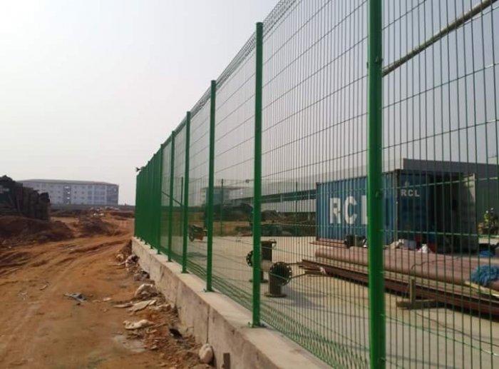 Hàng rào lưới thép hàn D5 a 50x150 mạ kẽm sơn tĩnh điện26