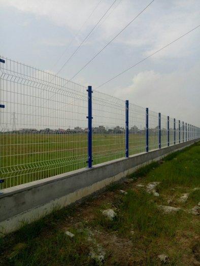 Hàng rào lưới thép hàn D5 a 50x150 mạ kẽm sơn tĩnh điện9