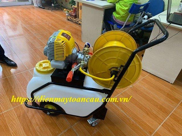 Phân phối xe đẩy phun thuốc trừ sâu Fujikawa GX35- bình chứa 50 lit giá rẻ nhất thị trường0