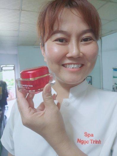 Kem face da Bông hồng đỏ Ngoc Trinh7