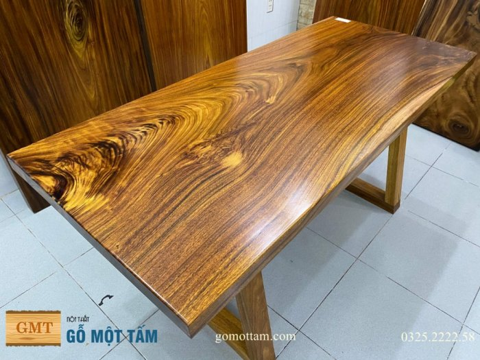 Bàn ăn gỗ me tây, bàn làm việc gỗ me tây nguyên tấm dài 1,65 x 70 x 59