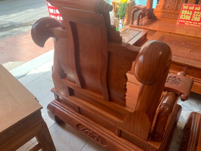 Bộ Bàn ghế tần thuỷ hoàng cột liền yếm liền gỗ hương đá5