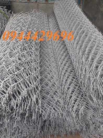 Lưới b40 bọc nhựa  PVC làm sân tennis hàng sẵn kho giá tốt4