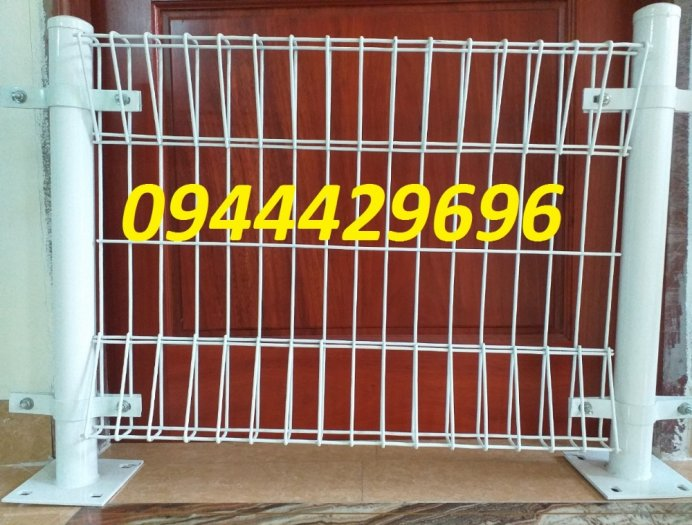 Hàng rào  D5 a 50x150 gập tam giác 2 đầu10