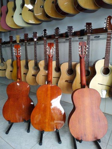 Đàn guitar giá rẻ tại quận 12 tpchm6