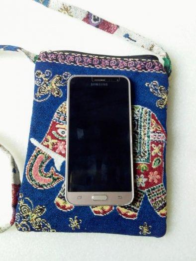 Túi đeo điện thoại vải thổ cẩm hình voi1
