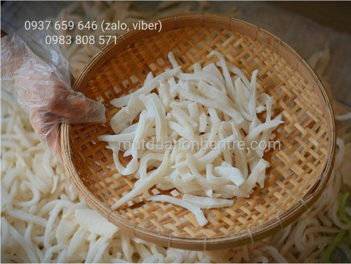 Sỉ và lẻ mứt dừa non tại TPHCM Sài Gòn12