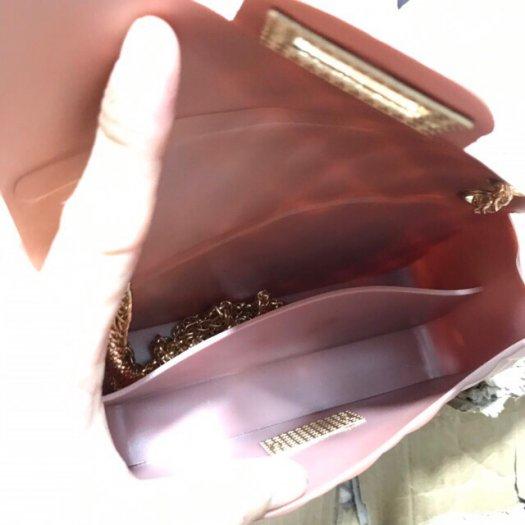 Túi đeo chéo silicon nhựa hàng quảng châu cầm nặng tay6