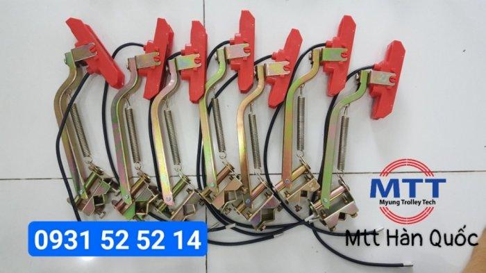 Chổi tiếp điện cầu trục 1p 60a hãng myungshin21