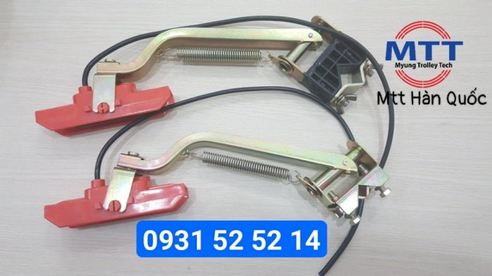 Chổi tiếp điện cầu trục 1p 60a hãng myungshin13