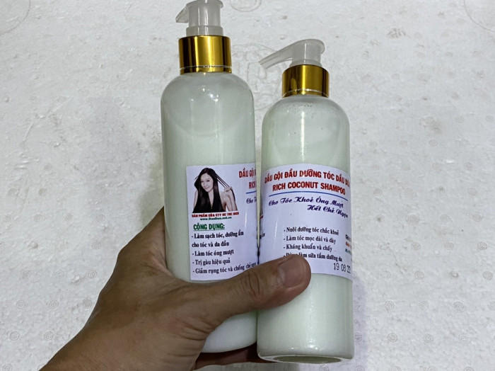 Bỏ sỉ dầu gội dừa Gọi Mr Sơn  - 0975603004 Chuyên sản xuất dầu gội đầu dừa