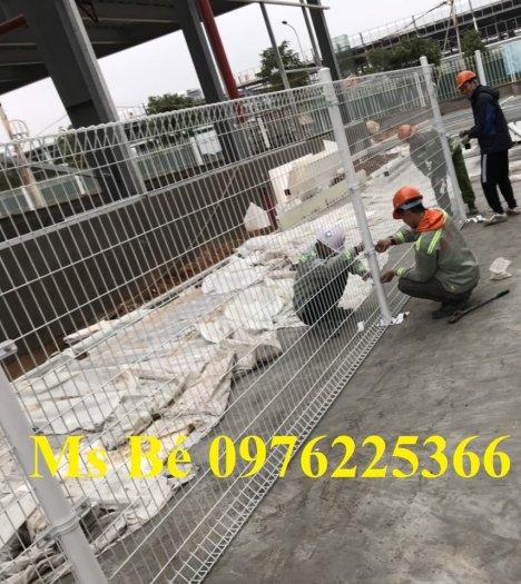 Hàng rào lưới thép sơn tĩnh điện8