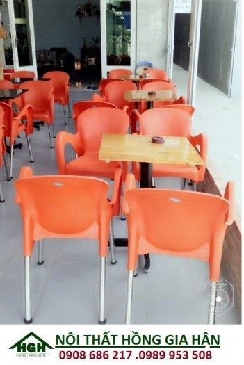 Bàn ghế nhựa sân vườn giá rẻ nhất HGH81